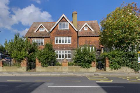 1 bedroom apartment to rent - Maison Dieu Road, Dover