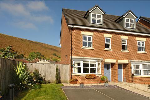 3 bedroom semi-detached house for sale - Shire Croft, Mossley, Ashton-under-Lyne