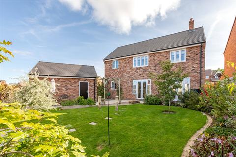 4 bedroom detached house for sale - Ashtree Drive, Barnard Castle, Durham, DL12