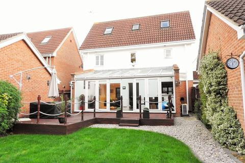 4 bedroom detached house to rent - Yonge Close, Boreham, Chelmsford, CM3 3GY