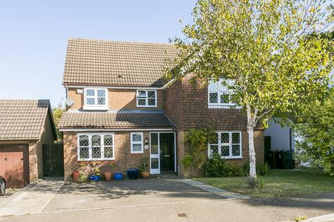 6 bedroom detached house for sale - Polley Close, Pembury