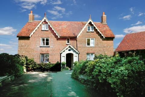 5 bedroom detached house for sale - Godshill, Isle Of Wight
