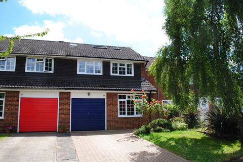 5 bedroom semi-detached house to rent - Oaklea, Ash Vale