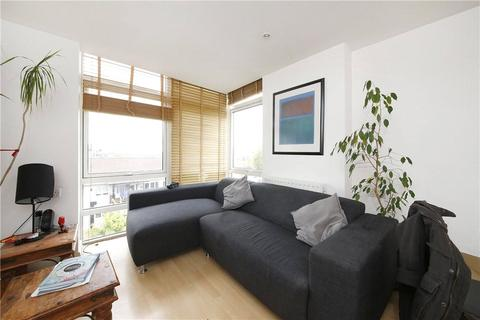 2 bedroom apartment to rent - Fairlead House, Cassilis Road, London, E14