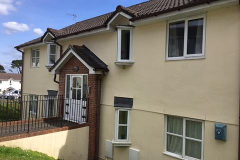 2 bedroom flat to rent - Biscombe Gardens, Saltash
