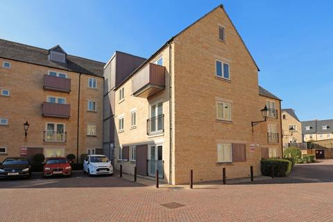 2 bedroom apartment to rent - Riverside Place, Stamford