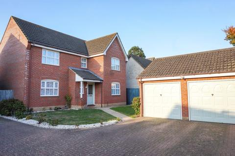 4 bedroom detached house for sale - Columbine Road, Horsford, Norwich