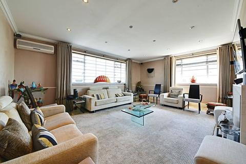 4 bedroom apartment to rent - North Gate, Prince Albert Road, London NW8