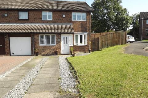 3 bedroom semi-detached house for sale - Ilford Avenue, Cramlington