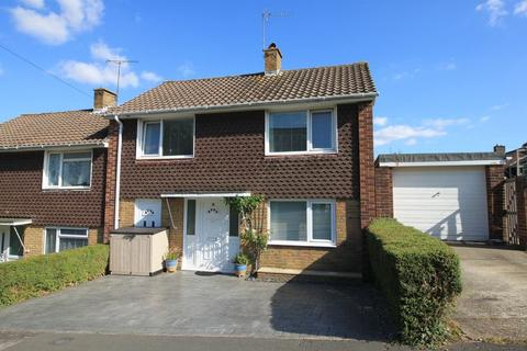 3 bedroom semi-detached house for sale - Longmead Road, Townhill Park