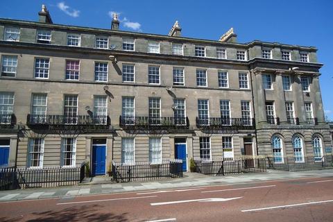 8 bedroom terraced house for sale - Hamilton Square, Birkenhead, Wirral