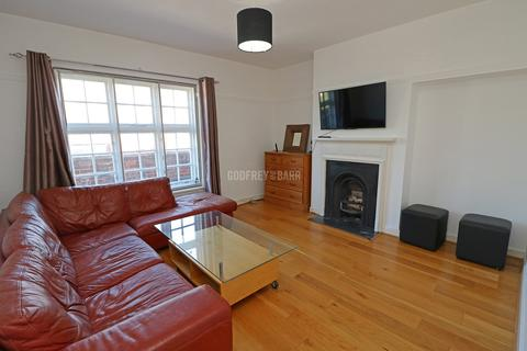 3 bedroom apartment for sale - The Market Place, Hampstead Garden Suburb