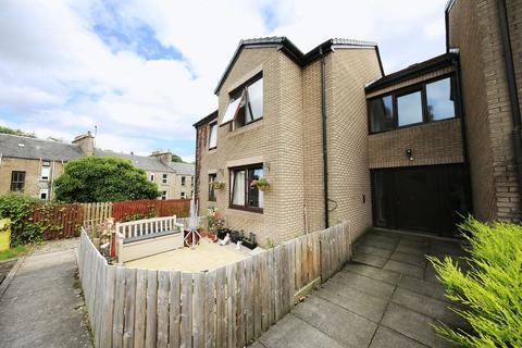 2 bedroom apartment for sale - Benvie Road, Dundee