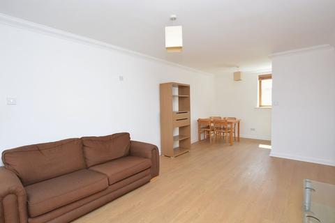 2 bedroom apartment to rent - Tasman Court, Isle of Dogs, E14