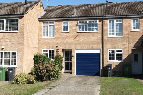 3 bedroom terraced house for sale - Stamford Avenue, Frimley, Camberley, GU16