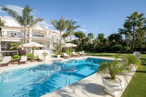 8 bedroom villa  - Puerto Banus, Marbella, Costa Del Sol