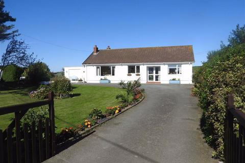 3 bedroom detached bungalow for sale - FERWIG, Ceredigion