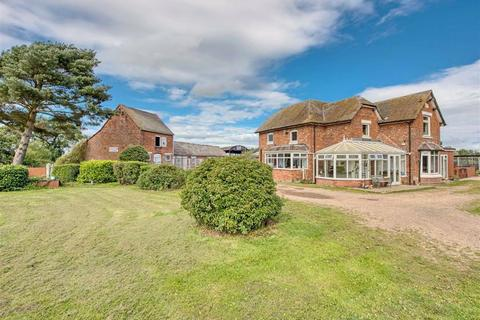 4 bedroom detached house for sale - Lucknow Farm And Cottage, Brockhurst, Weston-under-Lizard, Shifnal, Shropshire, TF11