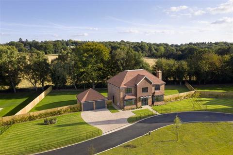5 bedroom detached house for sale - West Kingsdown, Kent