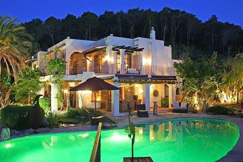 5 bedroom villa  - San Carlos, Santa Eulalia, Ibiza