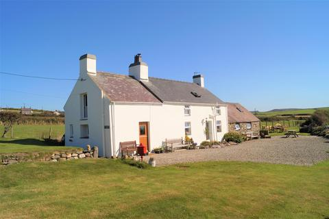 4 bedroom detached house for sale - Aberdaron, Pwllheli