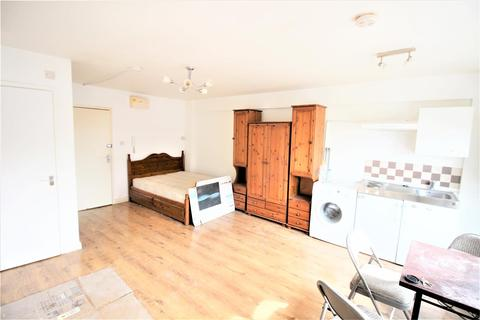 1 bedroom flat to rent - High Road, London