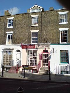 1 bedroom flat to rent - Castle Street, Dover