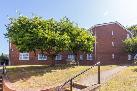 2 bedroom flat for sale - Devonshire Gardens, Margate