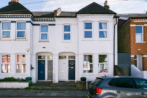 2 bedroom flat to rent - Leverson Street, Streatham