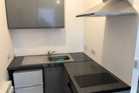 Studio to rent - Norfolk Square, Brighton BN1
