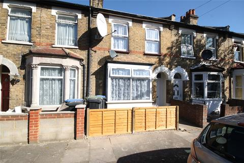 3 bedroom terraced house for sale - Hythe Close, London, N18