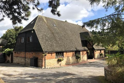 7 bedroom barn conversion for sale - Chart Court Barn, Little Chart, Ashford, TN27 0QH