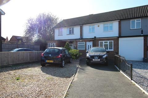 2 bedroom terraced house for sale - Maxwell Road, ASHFORD
