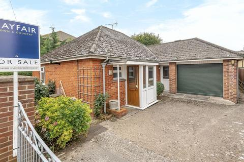 3 bedroom detached bungalow for sale - Cambridge Road, Dorchester