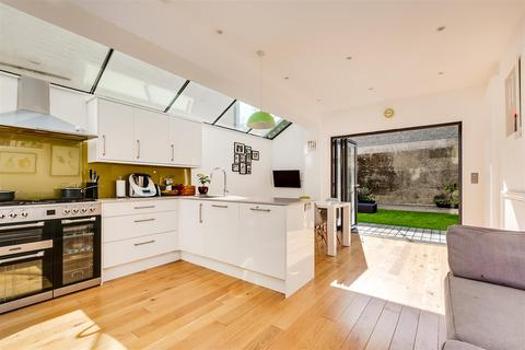 4 bedroom terraced house for sale - Ivy Crescent, London, W4