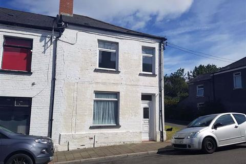 3 bedroom end of terrace house for sale - Fairford Street, Barry
