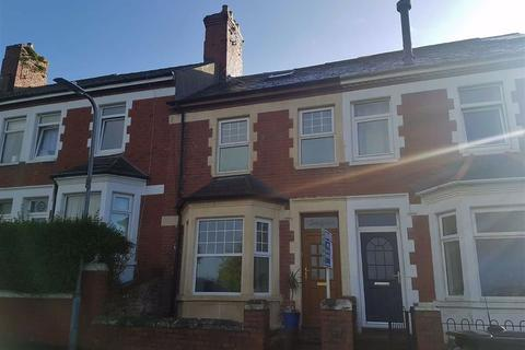 2 bedroom terraced house for sale - Clive Road, Barry Island