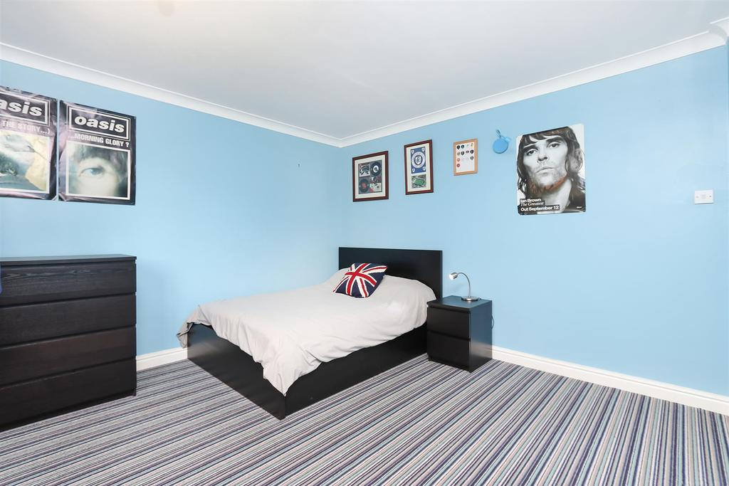 Bed2.2.jpg