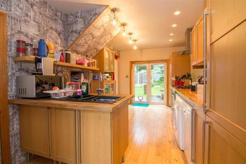 5 bedroom semi-detached house for sale - Alexandra Road, Horsforth