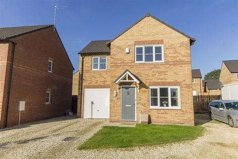 3 bedroom detached house for sale - Cowlishall Drive, Old Tupton, Chesterfield