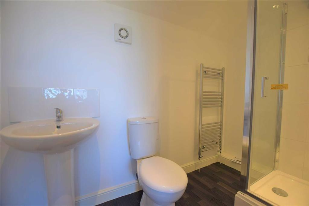 Shower room/ wc ensuite