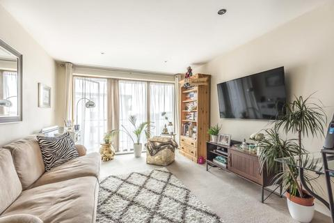 2 bedroom flat for sale - Durnsford Road, Wimbledon
