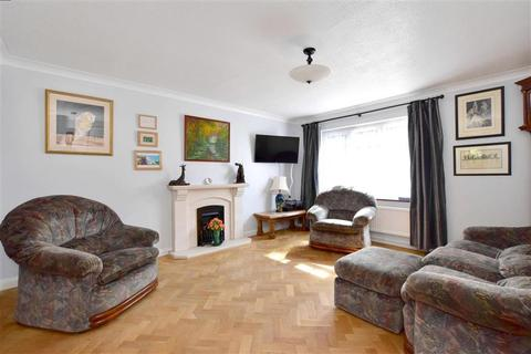 5 bedroom detached house for sale - Reinden Grove, Downswood, Maidstone, Kent