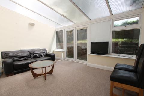 5 bedroom house to rent - Staplefield Drive, Brighton, BN2