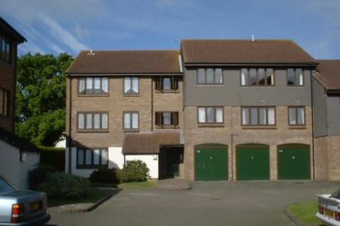 1 bedroom flat to rent - Connaught Gardens, Crawley