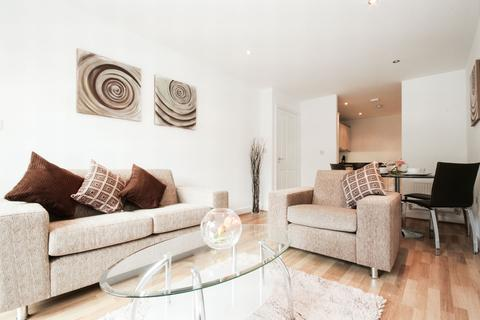 2 bedroom apartment to rent - Taylor House, The Vicinity, 3 Storehouse Mews, Canary Wharf, London, E14