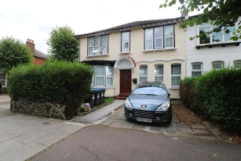 8 bedroom house share to rent - Palmerston Road, Wood Green, N22