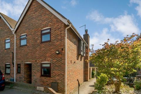 2 bedroom terraced house for sale - Arundell Place, Farnham, GU9