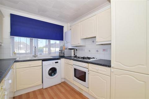 3 bedroom detached house for sale - New Road, South Darenth, Dartford, Kent