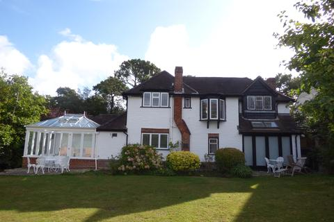 4 bedroom detached house to rent - Compton Avenue, Lilliput, Poole, Dorset BH14